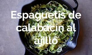 Espaguetis de calabacín al ajillo
